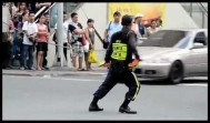 Filipino Traffic Cop Doing His Job Like A Boss! (Michael Jackson's Billie Jean)